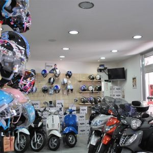 noleggio-scooter-vespa-napoli2
