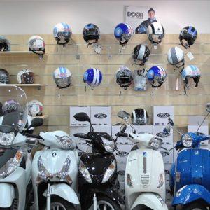 noleggio-scooter-vespa-napoli3